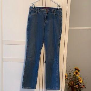 Ladies size 11/12x34 tall, Wrangler jeans